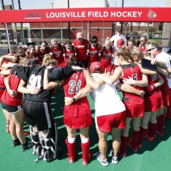 Louisville Field Hockey PINK OUT for Breast Cancer Research